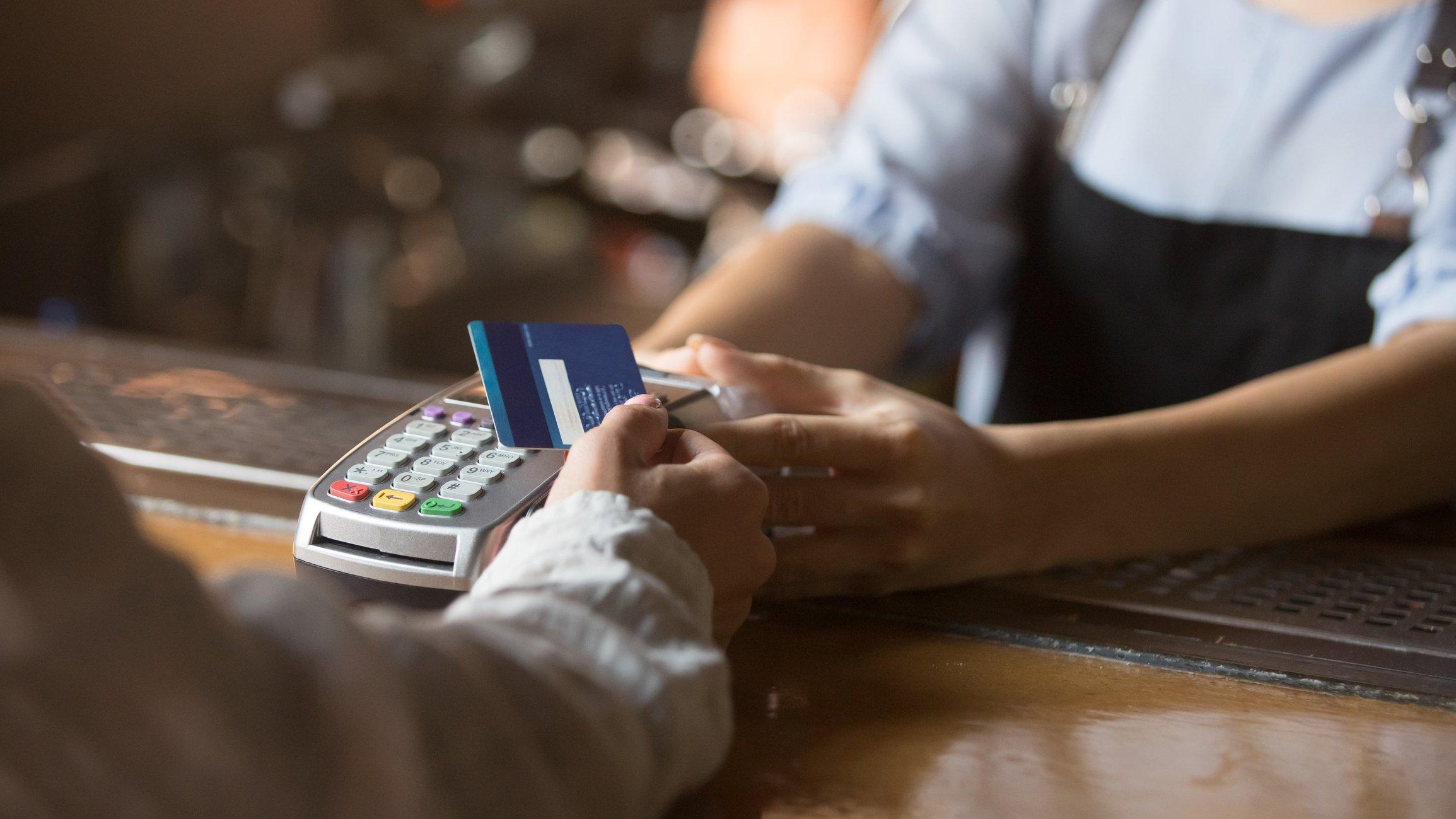 Innovations in Card Acceptance: From Dedicated Hardware to Software defined Point of Sale